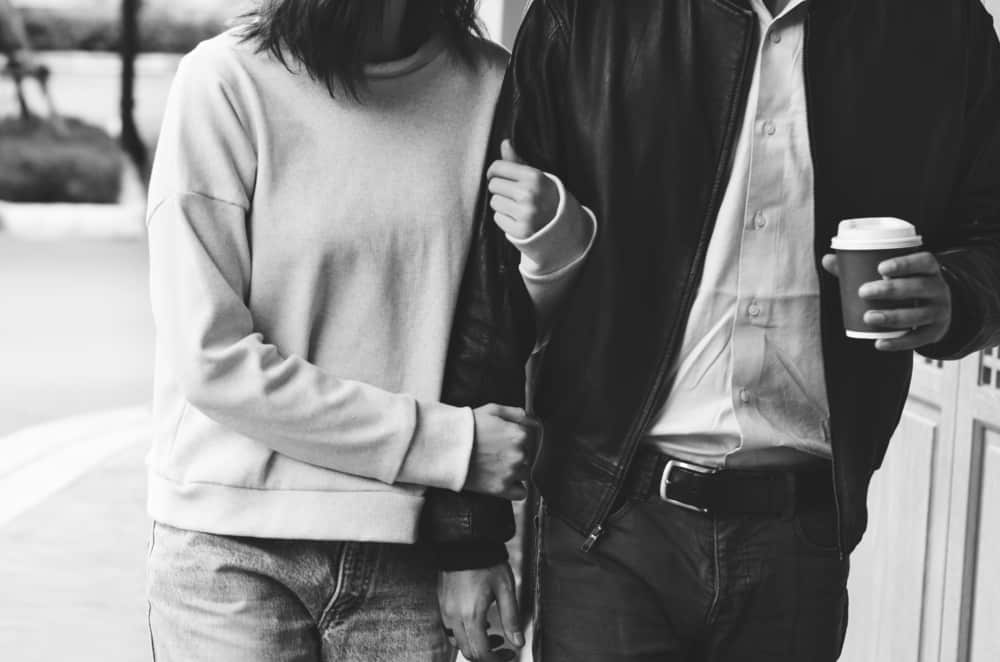 Dating after abuse can be dangerous and confusing. Here are 8 signs you're ready to find someone new after the narcissist in your life.